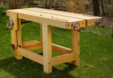 BenchCrafted Display Workbench