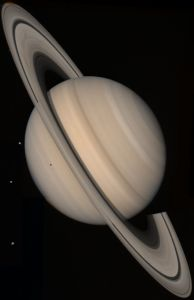 800px-Saturn_(planet)_large